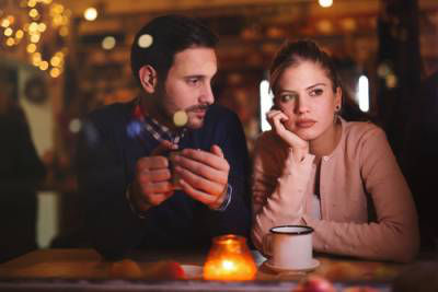 WHEN SHOULD YOU TELL YOUR SPOUSE ABOUT THE DIVORCE?