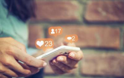 SOCIAL MEDIA RULES FOR THOSE GOING THROUGH DIVORCE